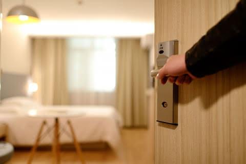 Entrée chambre hôtel