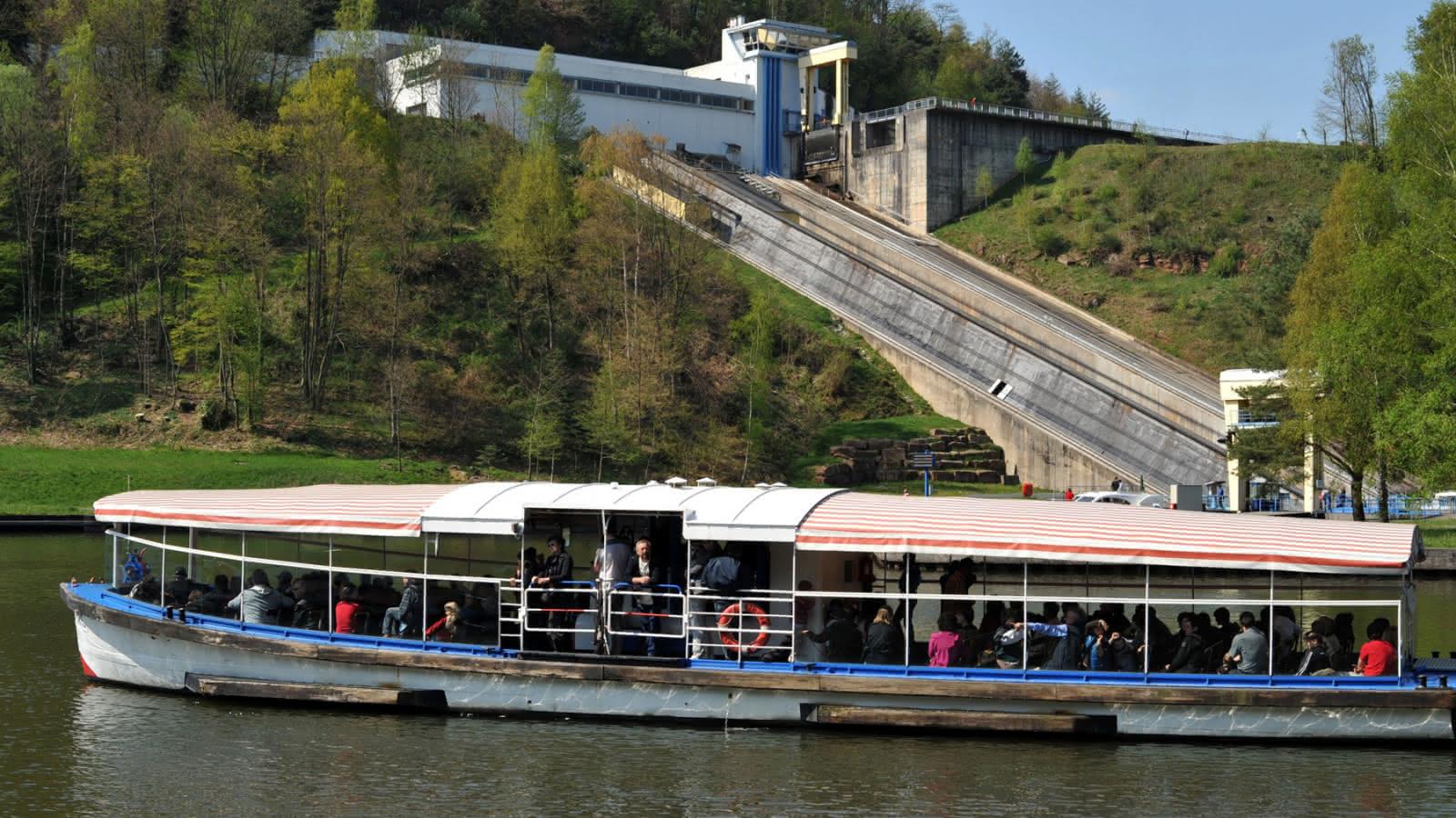 Une Heure Pour Soi Fameck Tarifs boat lift at saint-louis arzviller - lutzelbourg | visit alsace