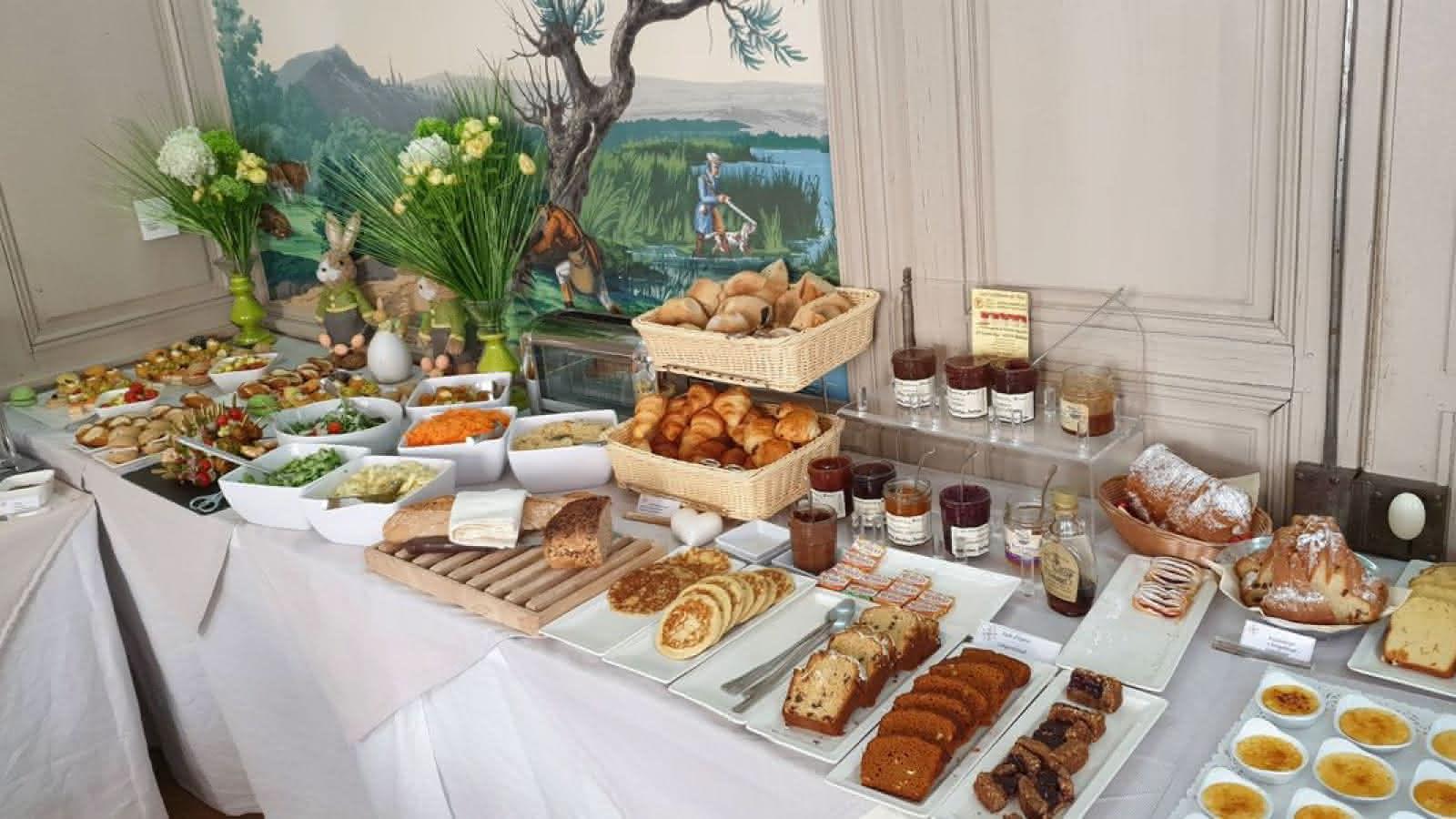 Astounding Hotel Le Bouclier Dor Visit Alsace Download Free Architecture Designs Scobabritishbridgeorg