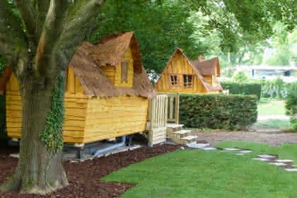 Cabanes magiques au Camping de l'Ill de Mulhouse