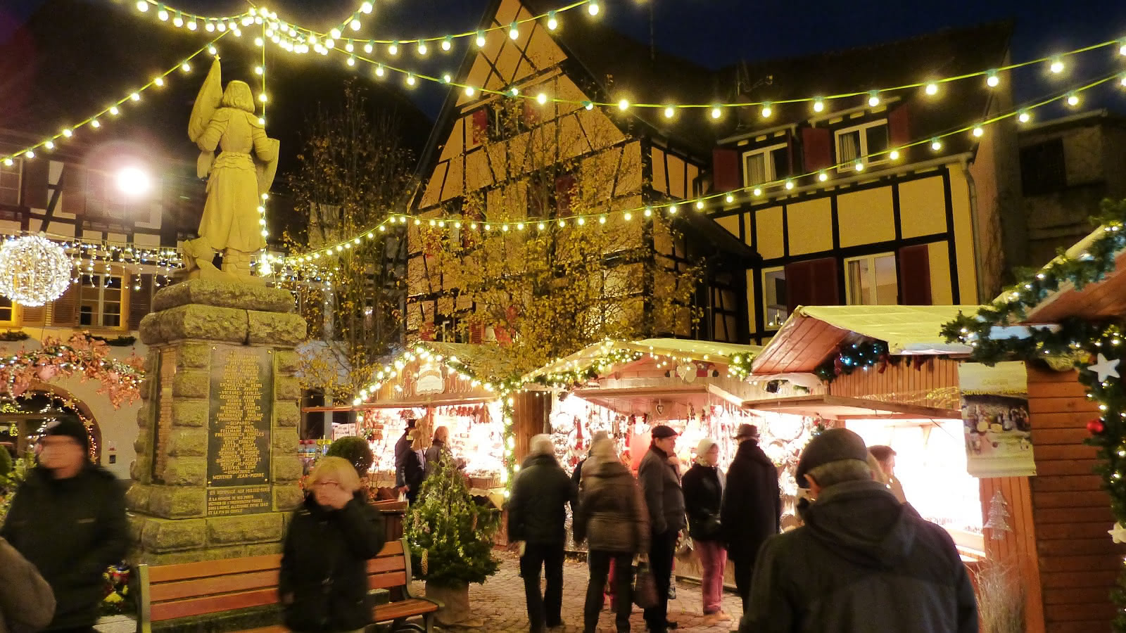 Authentic Christmas Market - Eguisheim